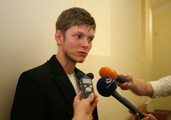 Jakub Jahl u soudu přiznal, že má na svém kontě kolem 20 přestupků, 25. července 2012. (Richard Beneš / se svolením zaktv.cz)